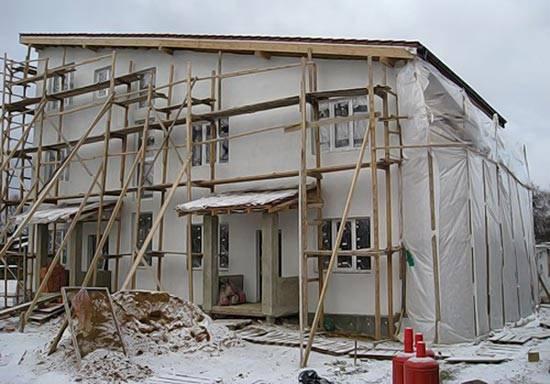 Утепление фасада зимой