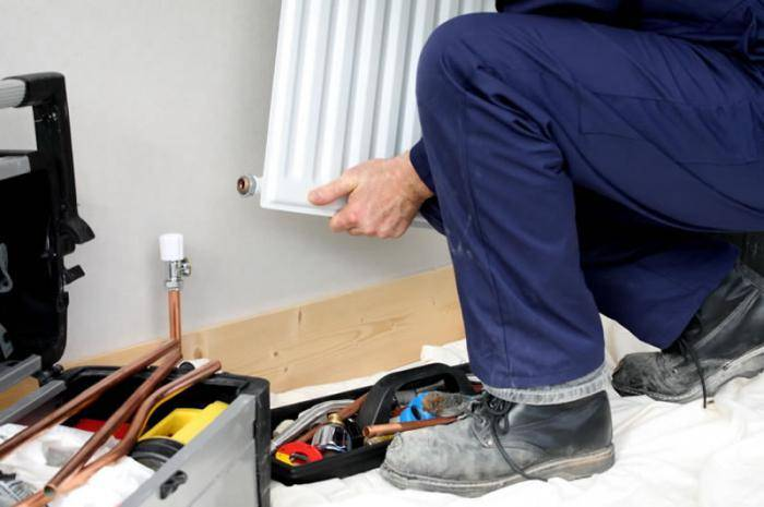 Как заменить радиатор отопления в квартире