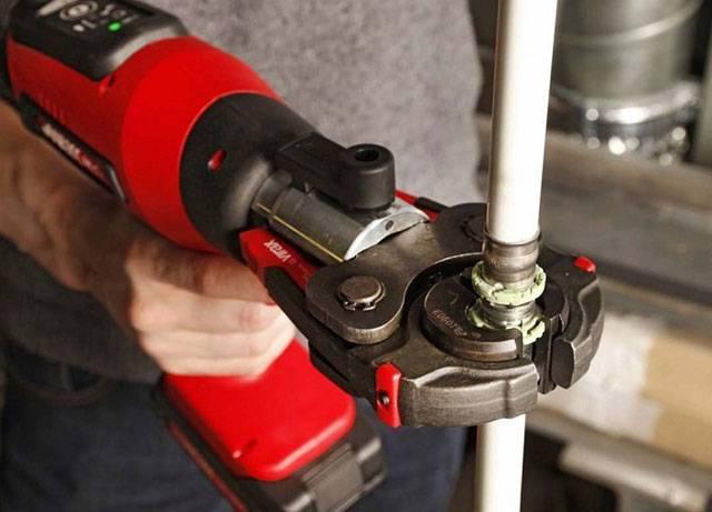Пресс клещи ручные для металлопластиковых труб