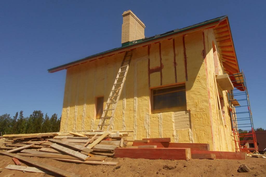 Плотность утеплителя для стен каркасного дома