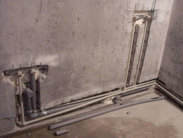 Как задекорировать трубы в туалете