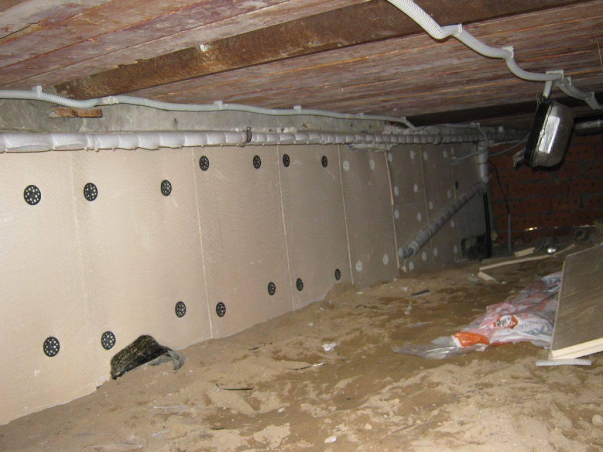 Чем утеплить фундамент дома изнутри