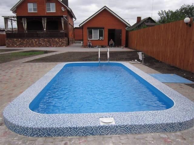 Монтаж бассейна из полипропилена