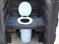 Как сделать стульчак в дачном туалете