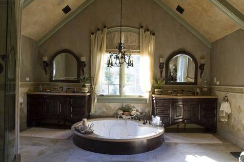 Акриловая ванна или чугунная