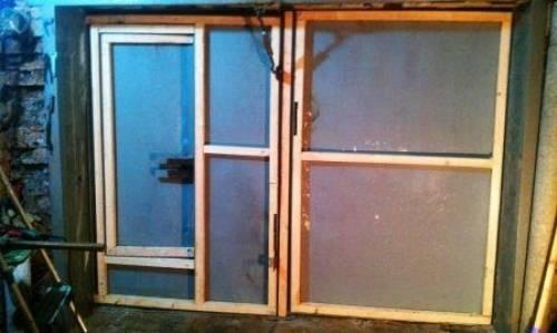 Как утеплить гаражные ворота