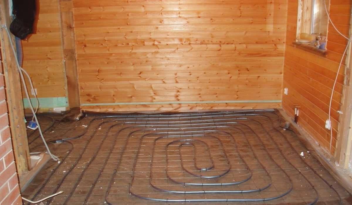 Теплый пол для бани - электрический или водяной?