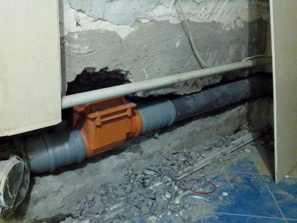 Обратный клапан канализационный 110