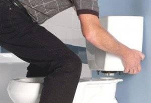 Как установить сливную арматуру в бачке унитаза