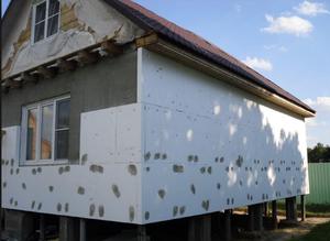 Чем можно утеплить деревянный дом снаружи