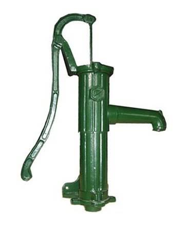 Устройство водяной скважины с погружным насосом
