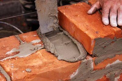 Как обложить каминную топку кирпичом