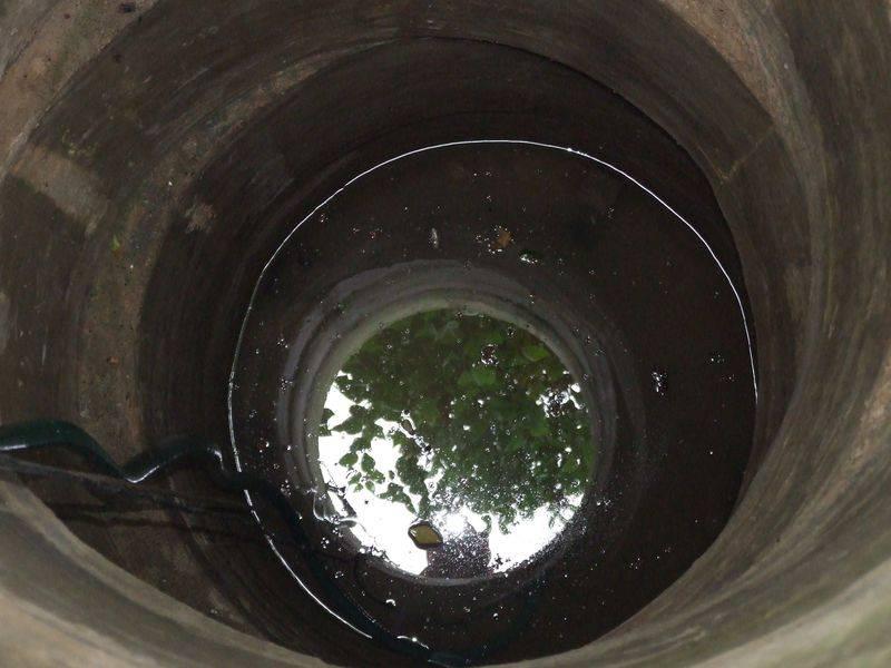 Из скважины идет мутная вода что делать