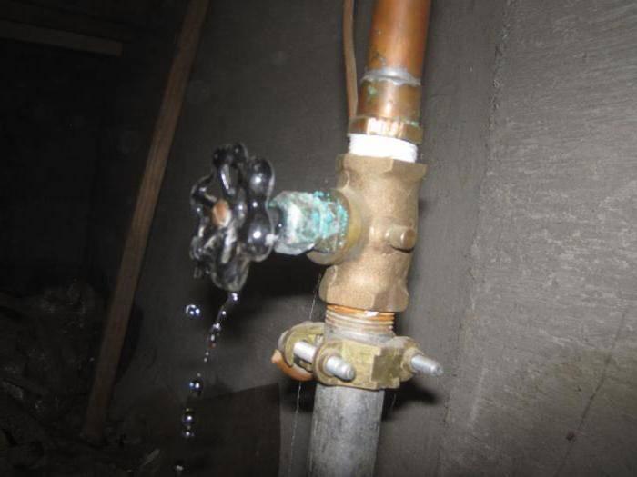 Из чего состоит кран для воды