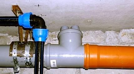 Вентиляционный клапан для канализации 110 мм