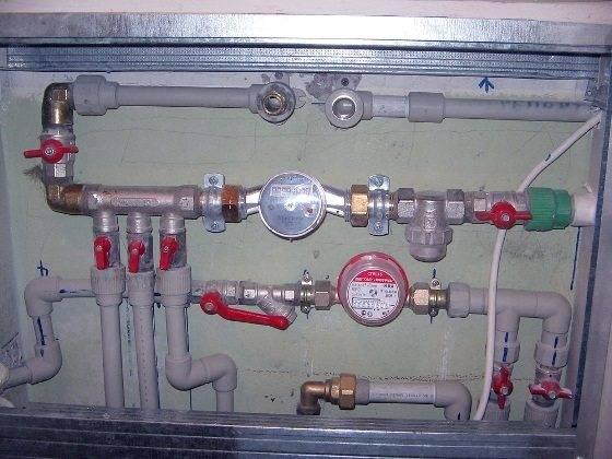 Коллектор для металлопластиковых труб