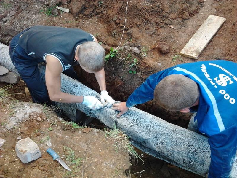 Как утеплить трубы водопровода в земле