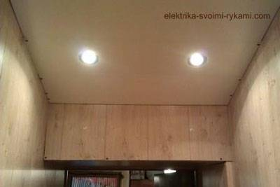 Как подсоединить точечные светильники на потолке