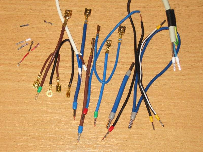 Для зачистки проводов