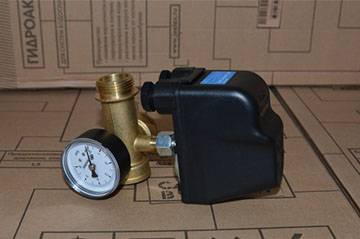 Как настроить реле давления насосной станции