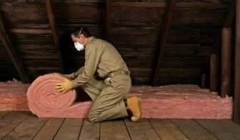 Как утеплить потолок в деревянном доме
