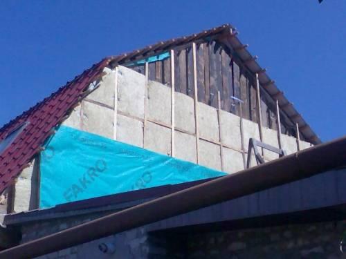 Утеплить крышу мансарды