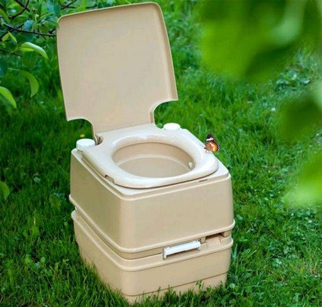 Построить туалет на даче своими руками