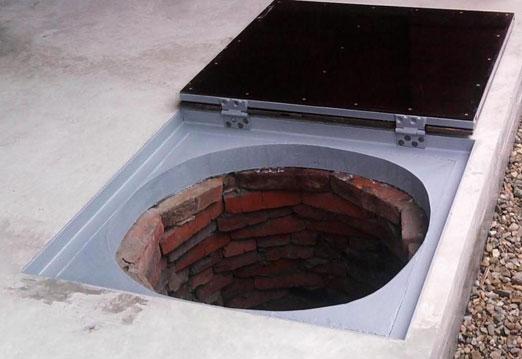 Крышка канализационного колодца